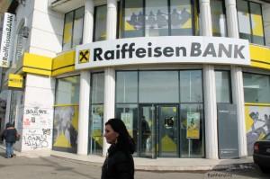 raiffeisen-bank-credite-chf-comisioane-carduri-internet-banking-mobile-banking-rezultate-financiare-profit